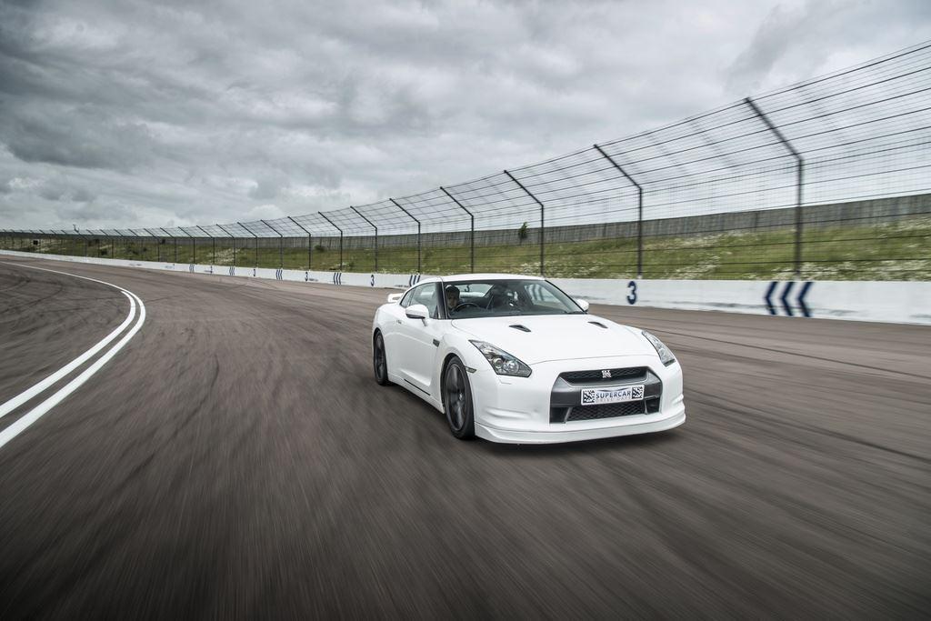 nissan-gtr-supercar-driving-experience