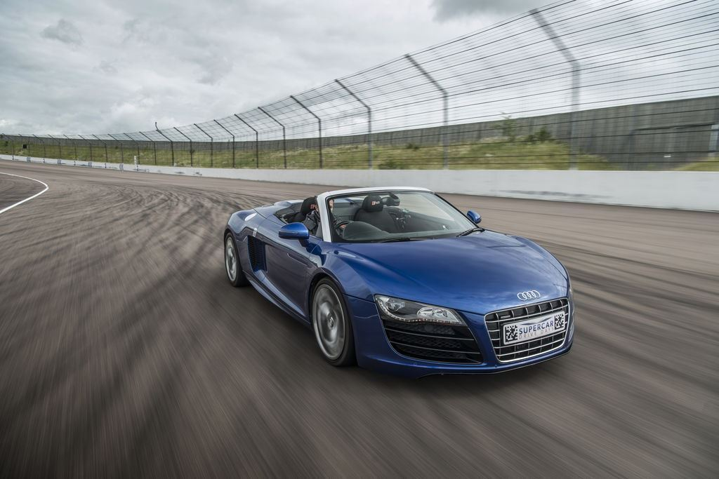 One Car Drive Supercar Driving Experience Package